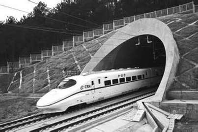 鐵路海運和公路實現無縫對接