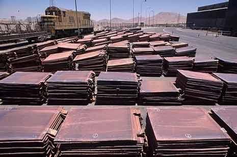 秘鲁政府出动军队,解除铜矿抗议