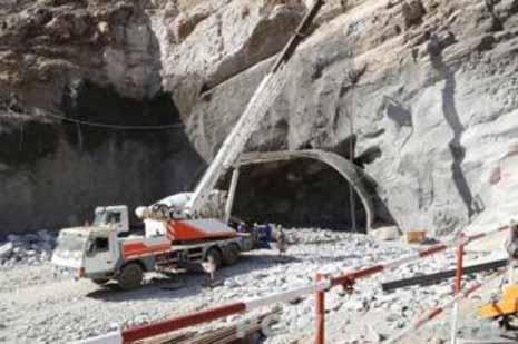 贊比亞富峽水電站導流洞上半洞順利貫通
